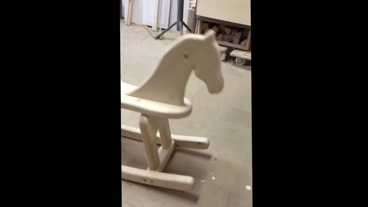 Cavallo A Dondolo Artigianale.Cavalluccio A Dondolo Artigianale Youtube
