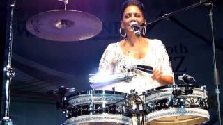 Sheila E - Glamorous Life [live]