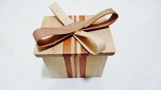 Wooden wrapping paper gift box