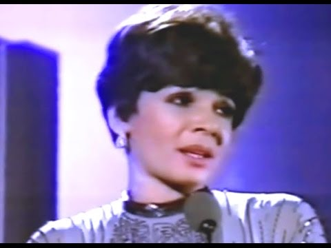 Shirley Bassey - How Insensitive (1979 Show #2)