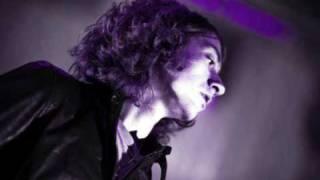 arctic monkeys - dance little liar acoustic Resimi