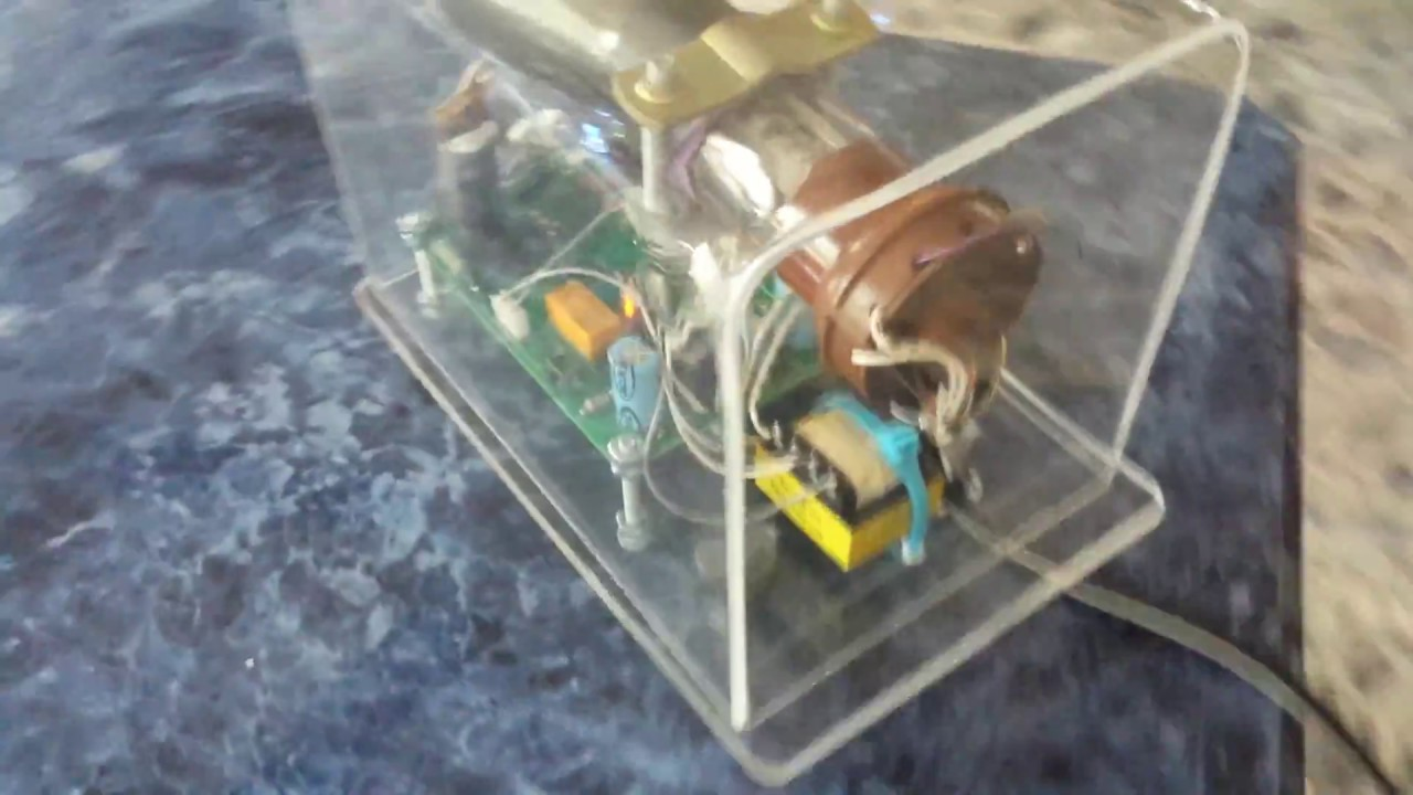 Oscilloscope Clock Dg7 32 Crt Scope Cathode Ray Tube Youtube Simple Diagram Inside A