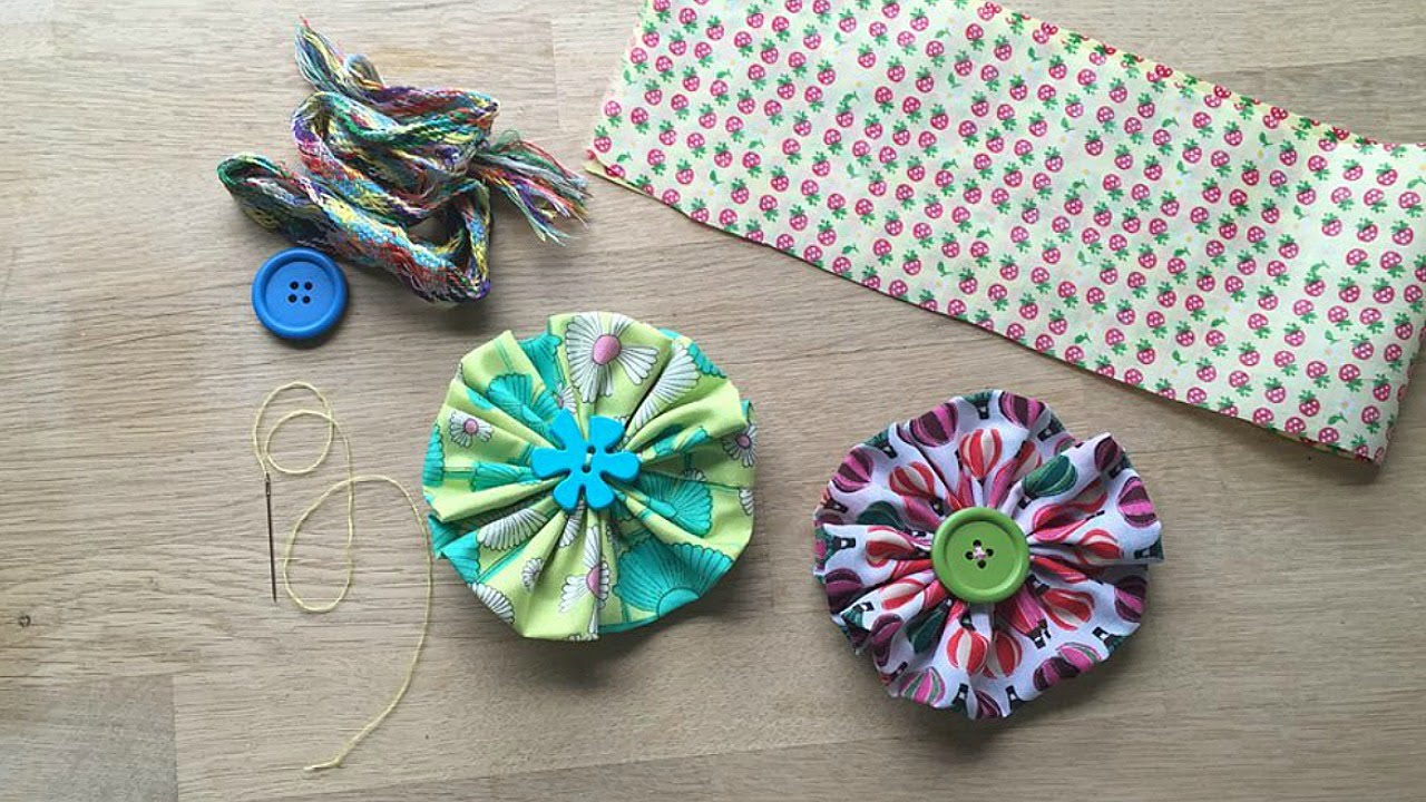 Easy fabric flower a great sewing pattern for beginners youtube jeuxipadfo Choice Image