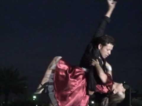 """""""Logra Un Sueño Bailando"""" Luis Sifuentes y Eloina ..."""