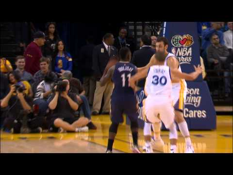 holiday-and-davis-pick-and-roll-for-the-pretty-alley-oop