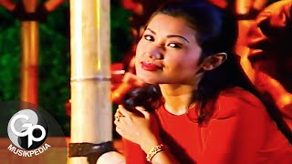 Download Evie Tamala - Nyanyian Rindu (Official Music Video)