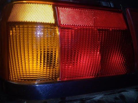 Замена заднего фонаря на автомобиле ВАЗ-2115.