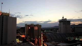 Las Vegas - Plaza Hotel & Casino - Timelapse (from dusk till dawn)