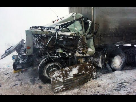 Best truck crashes, truck accident compilation 2016 Part 14