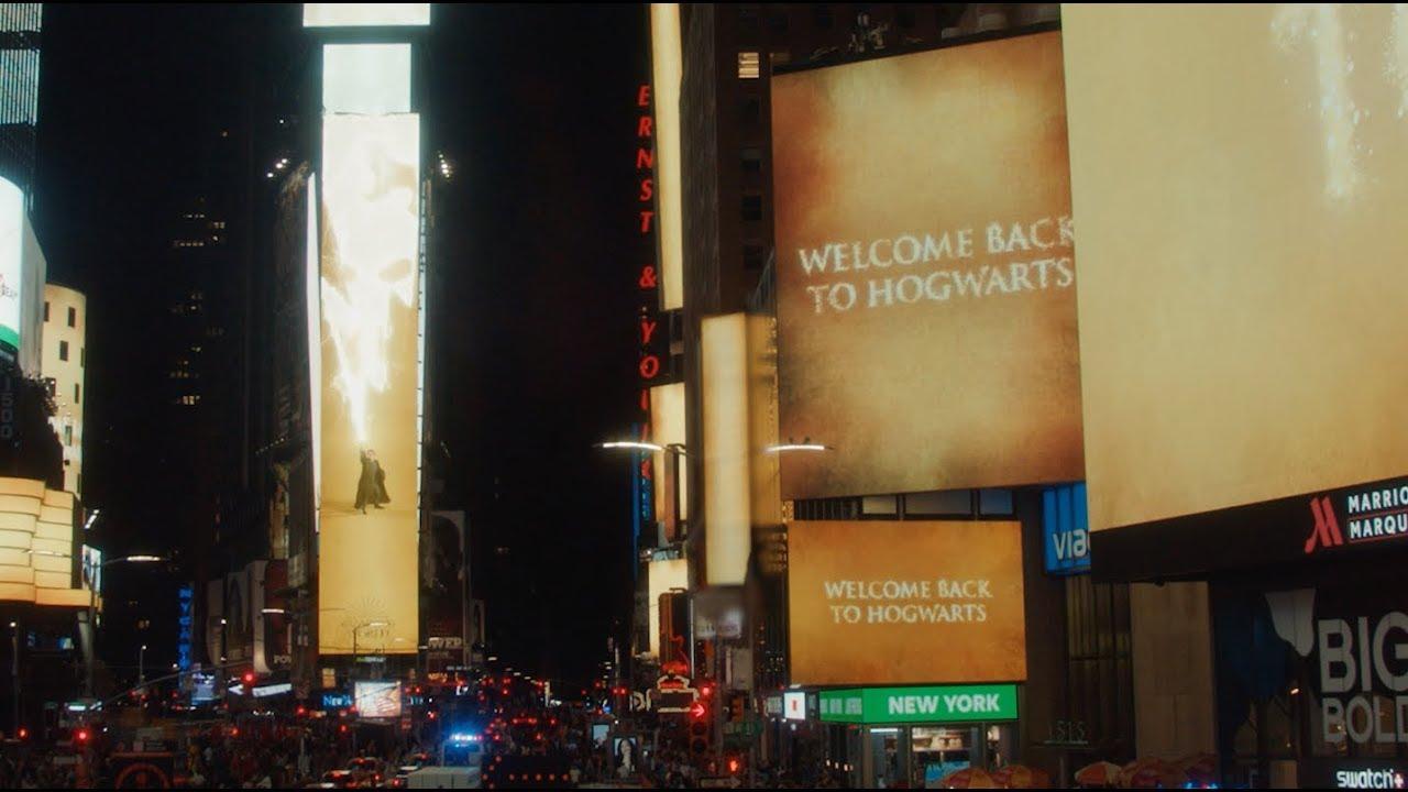 New York Times Square Takeover Harry Potter Und Das Verwunschene Kind Youtube