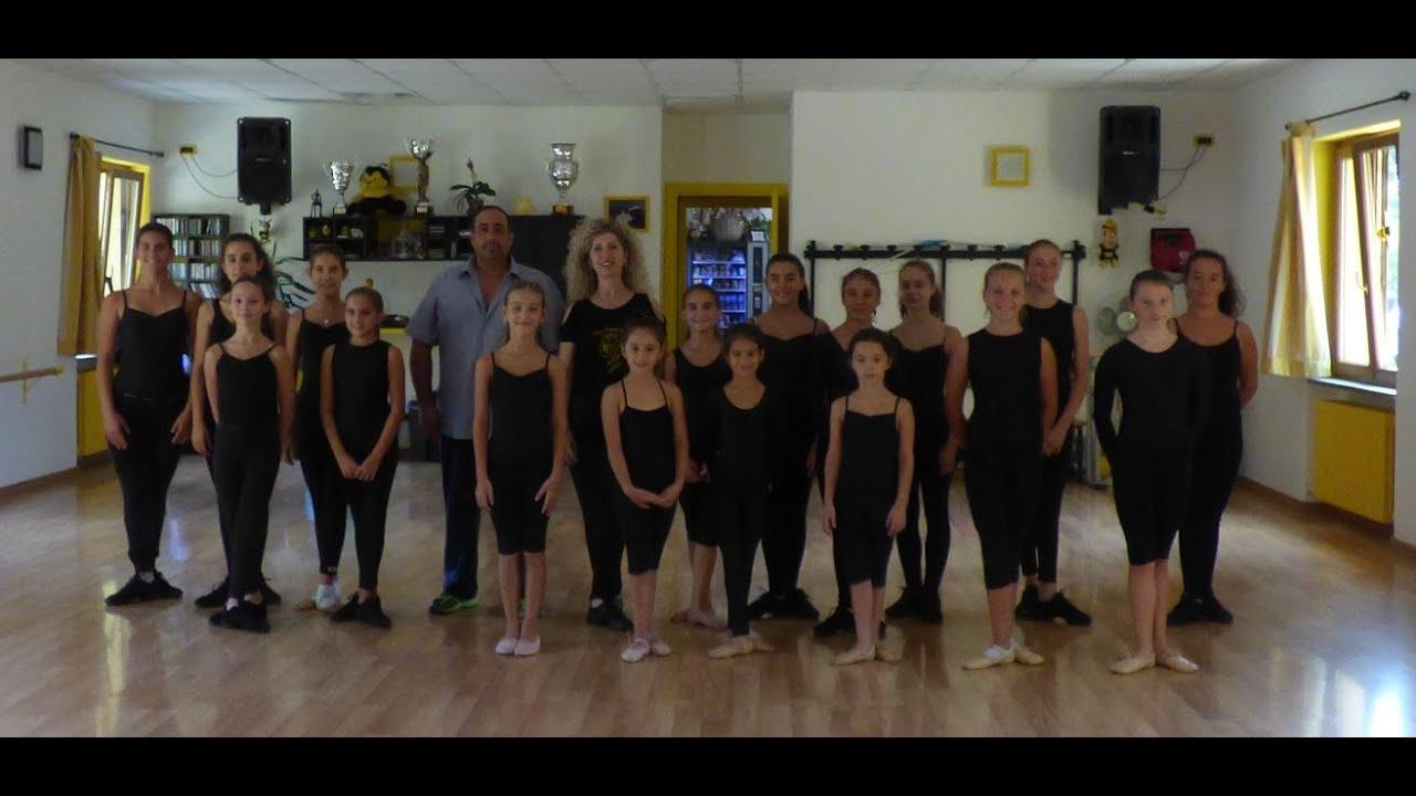 La scuola di danza new terpsichore di rocca grimalda al for Arredamento scuola di danza