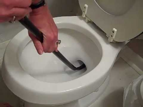 HOW TO UNCLOG A TOILET: AUGER A TOILET - EASILY!