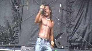 Video I DON'T WANNA DANCE - DEREK SANDY LIVE ISLE OF WIGHT GARLIC FESTIVAL download MP3, 3GP, MP4, WEBM, AVI, FLV Oktober 2018