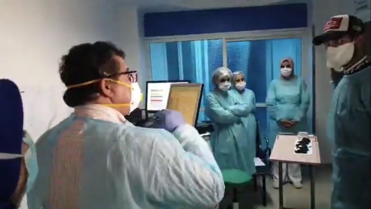 الدكتور التازي يطمأن على صحة مرضى فيروس كورونا