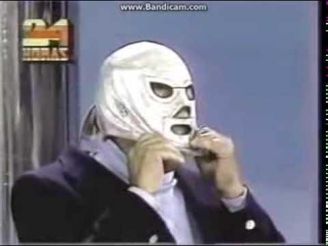 Luchador el Santo Enmascarado de Plata (Se quita la mascara)
