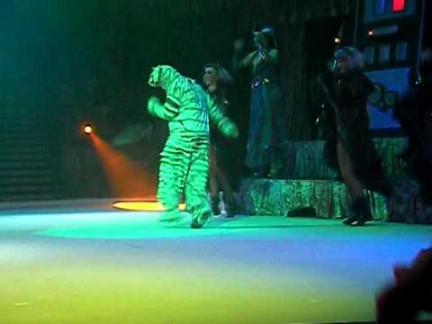 Hallow-scream Fiends 2010 Part 2