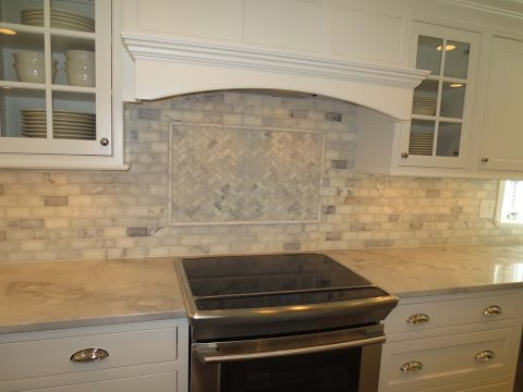 Marble subway tile Kitchen Backsplash with feature Time lapse