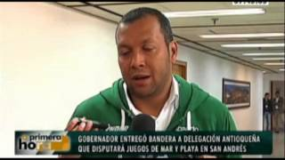 Gobernador entregó bandera a delegación antioqueña que disputará Juegos de Mar y Playa en San Andrés