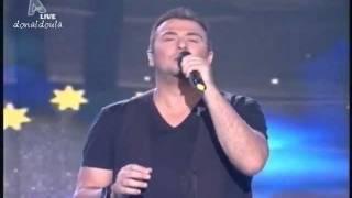 Αντώνης Ρέμος - Χάρτινα Φεγγάρια live @Greek Idol