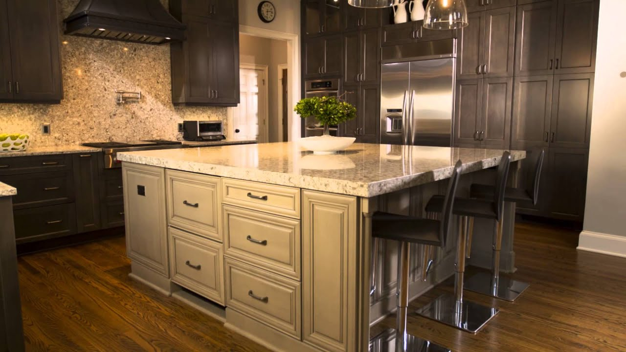 White Kitchen Countertops With Dark Cabinets