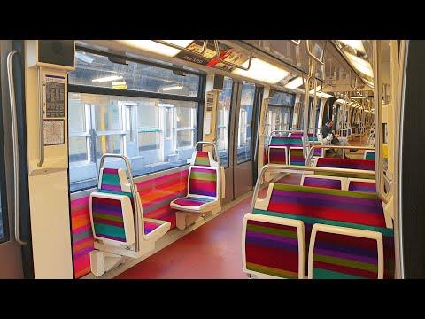 paris-metro-during-the-confinement-of-coronavirus