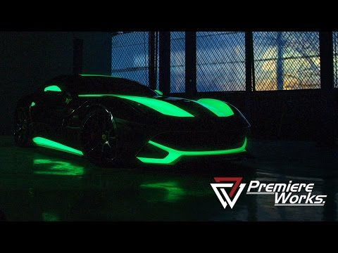 Premiere Works: Dark Horse - Glow in the Dark Ferrari F12 Berlinetta - Photoshoot Behind The Scene