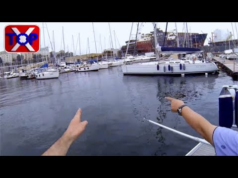 Mooring a sailboat a little bit difficult  🎓 TopX