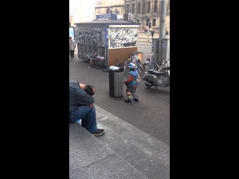 Amsterdam street trash service / Amsterdam çöp kutusu temizleme hizmeti