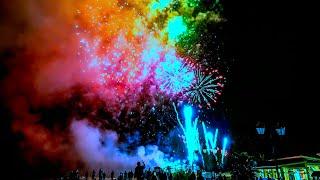 Салют в честь открытия международного молодежного фестиваля, олимпийский парк ,Сочи