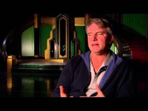 Oz The Great & Powerful Set : Robert Stromberg  Production Designer