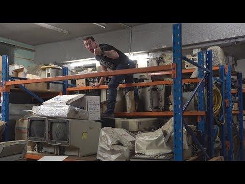 EEVblog #1112 (PART 2) - More Vintage Warehouse Diving