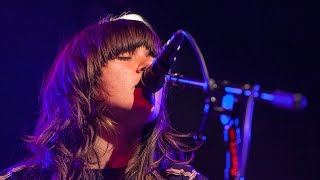 Courtney Barnett - Out Of The Woodwork (Live on KEXP)