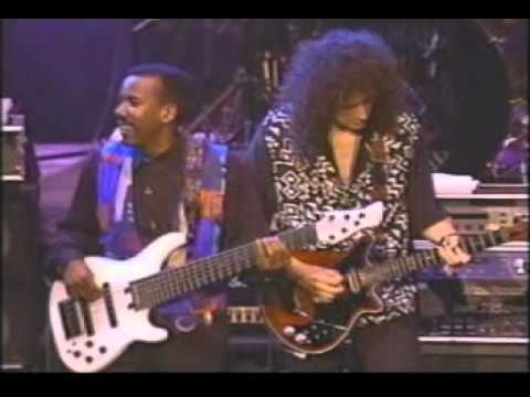 GUITAR LEGEND '92 Sevilla-Brian May, Joe Satriani, Steve Vai.avi