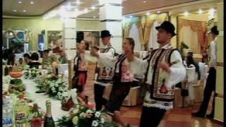 Nunta in Moldova / Fat-Frumos & Ileana Cosinzeana