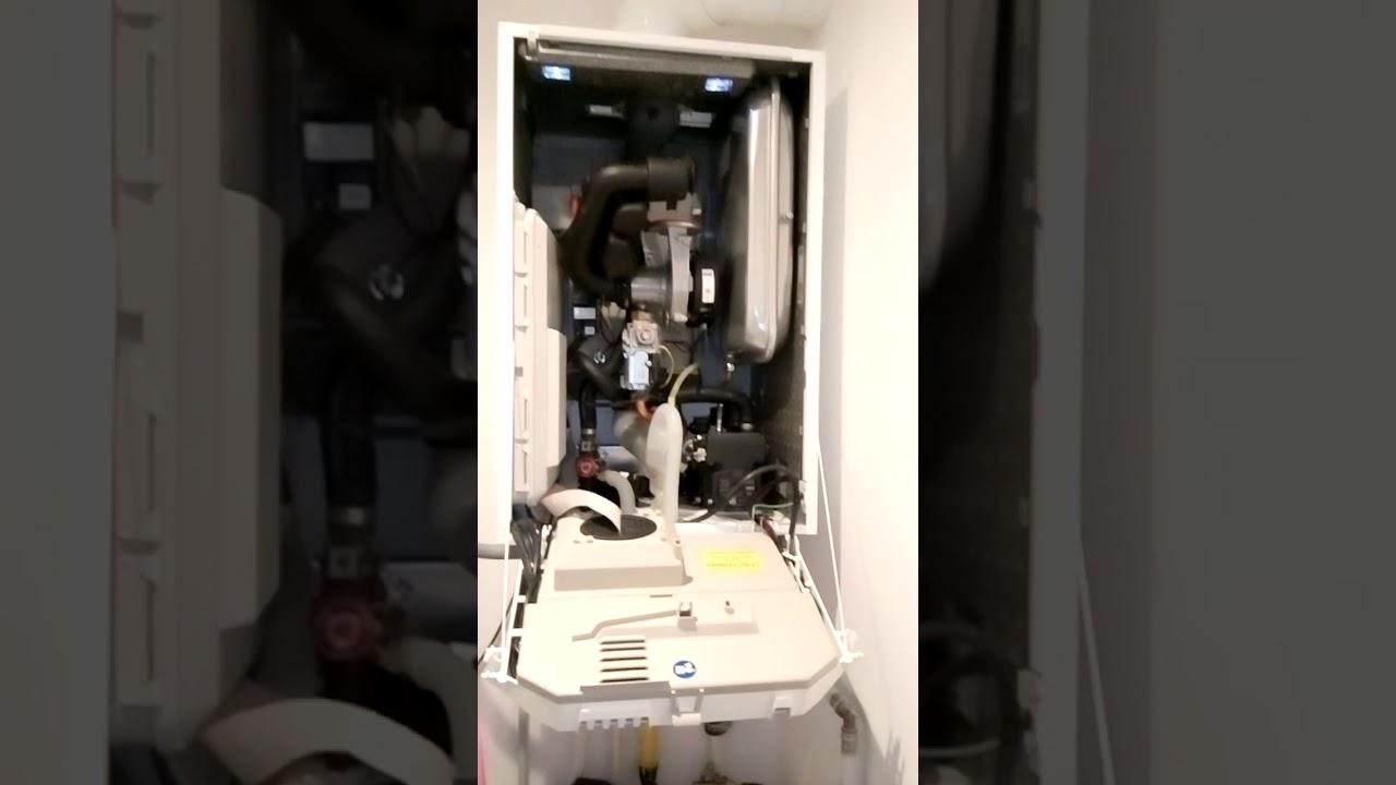 de dietrich mica 24kw condensation chaudi re gaz d pannage entretien bruxelles chauffagiste. Black Bedroom Furniture Sets. Home Design Ideas