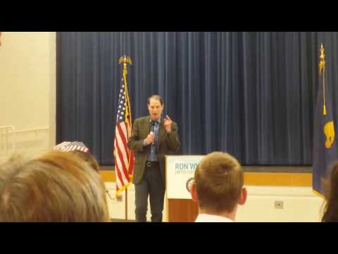 Senator Ron Wyden does not support single-payer