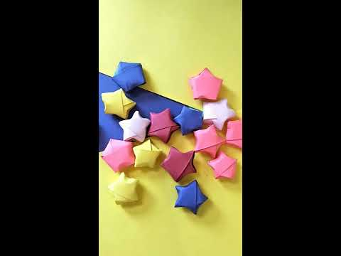 #Paperstars #origami How to make puffed paper stars .#origamipaperstars