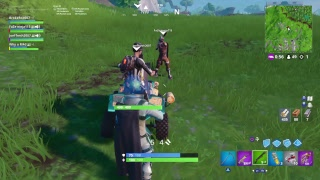[LIVE] Fortnite Scammer Tries To Scam Me!