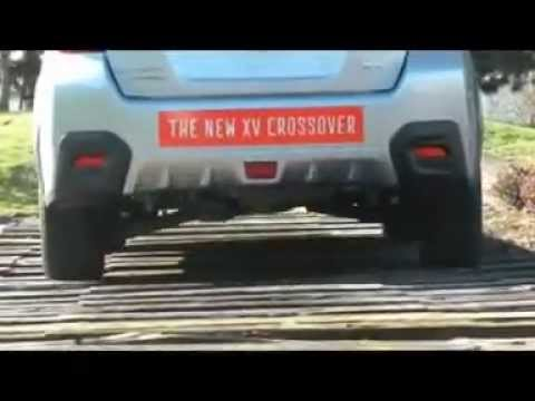 2013 Subaru XV Crosstrek vs Land Rover Defender
