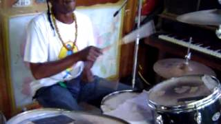 "Lincoln ""Style"" Scott playing for a personal reggae drums lesson"