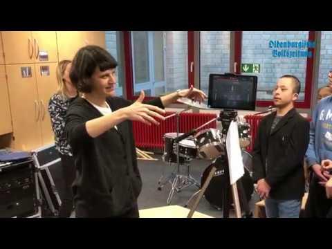 Schüler Drehen Inklusives Musik-Video