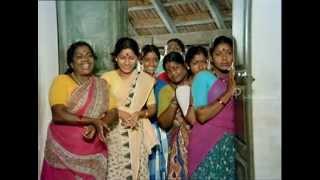 Mundhanai Mudichu Movie Comedy Scene | Villagers come to visit the class | Bhagyaraj | Urvashi