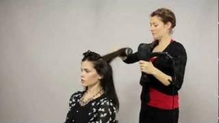 How to Round Brush Blowout / Blow Dry Hair