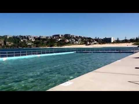 Mermaid swims in Freshwater ocean pool ( amazing speed)