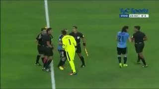 Fuerte pelea de Cavani y Muslera contra el arbitro en Uruguay vs Mexico copa America