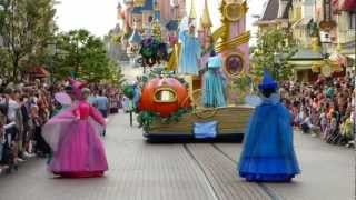 DisneyLand Paris 2012 - la parata dei personaggi Disney(, 2013-01-21T14:02:03.000Z)