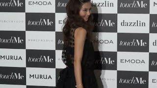 安田美沙子が都内で行われたファッションショー後に取材に応じた。新婚...