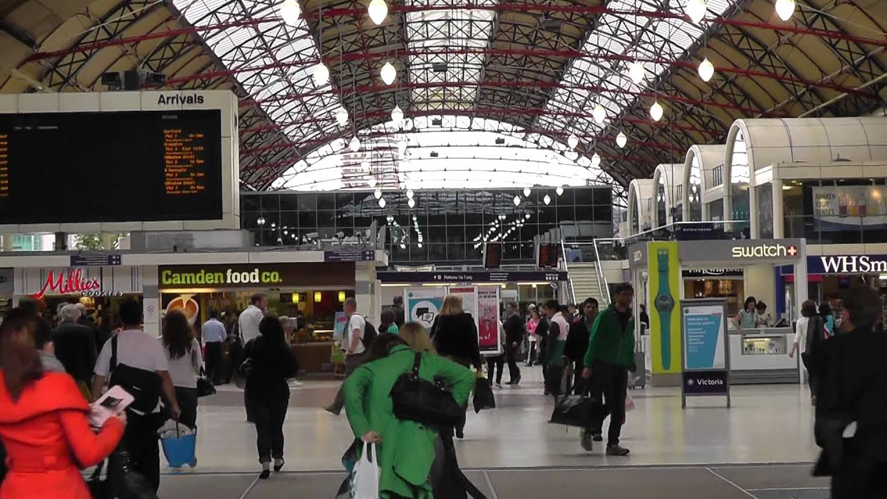 inside victoria station in london england youtube. Black Bedroom Furniture Sets. Home Design Ideas