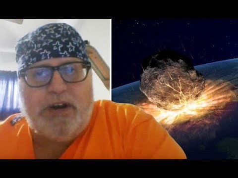 Time Traveler Says Part of Halley's Comet Will Crash into Lake Erie
