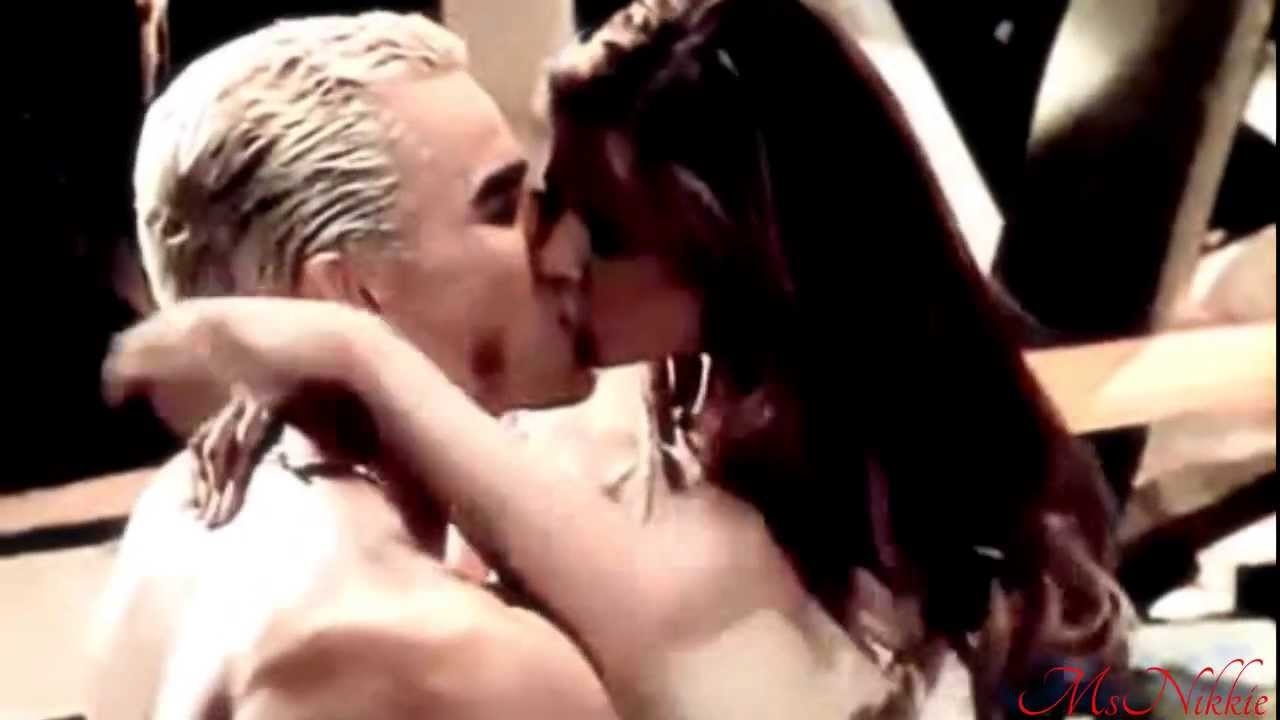 Madonna naked in movie